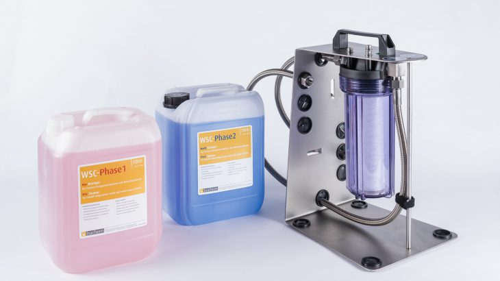 Das WSC-Reinigungssystem besteht aus drei Elementen,WSC-Phase 1,WSC-Phase 2sowie derWSC-Unitund macht mit Rost-, Magnesium- und Kalkablagerungen in Formenkanälen und Heizelementen kurzen Prozess